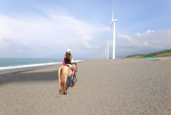 pony ride at bangui wind farm. mytraveldigest.com