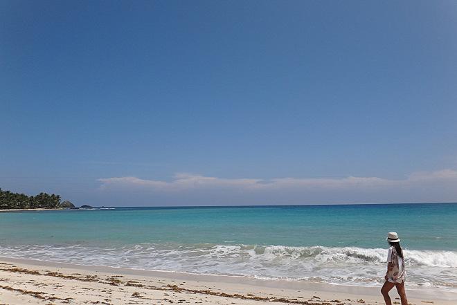 Pagudpud itinerary. Hanna's beach.
