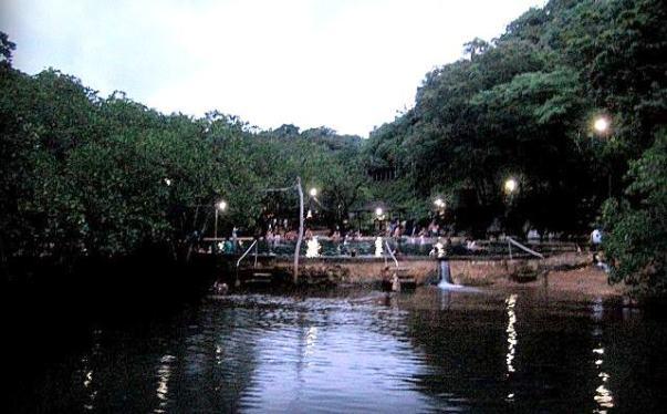 Coron Maquinit Hot Spring Palawan. Coron Palawan Itinerary. Best Island Hopping Tour and Snorkeling Experience.