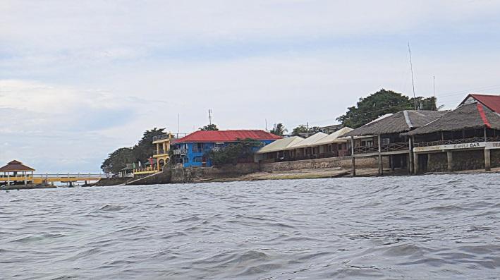 Panagsama Beach Accomodation. Moalboal, Cebu. Cebu Beachineering