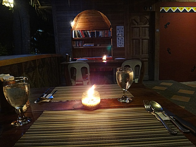 Mayas Native Garden Restaurant. Panagsama, Moalboal.