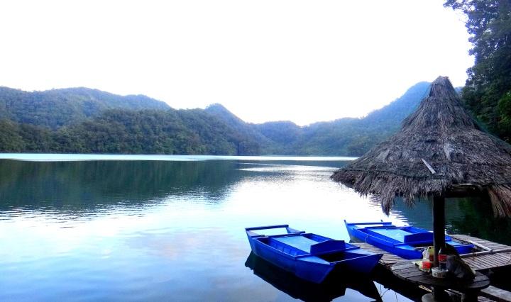 Balinsasayao Twin Lakes, Sibulan, Negros.