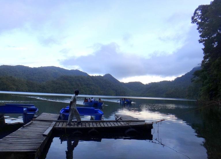 mytraveldigest. balinsasayao lake