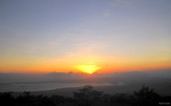 Sunset. Mayon Climb. My Travel Digest