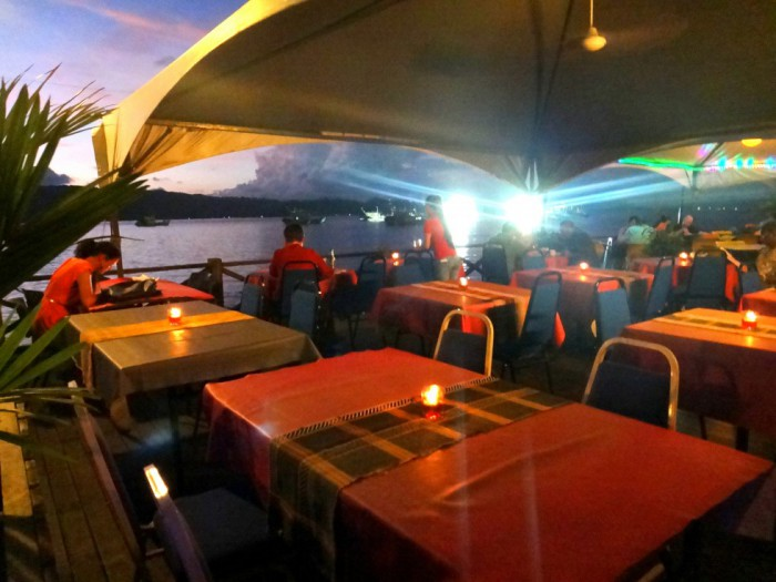 Jesselton Point. Dinner by the baywalk at Kota Kinabalu.
